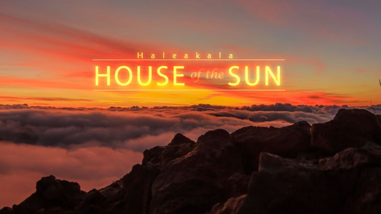the-house-of-the-sun-a-beautiful-time-lapse-video-of-the-sun-rising-above-hawaiian-volcano-haleakala